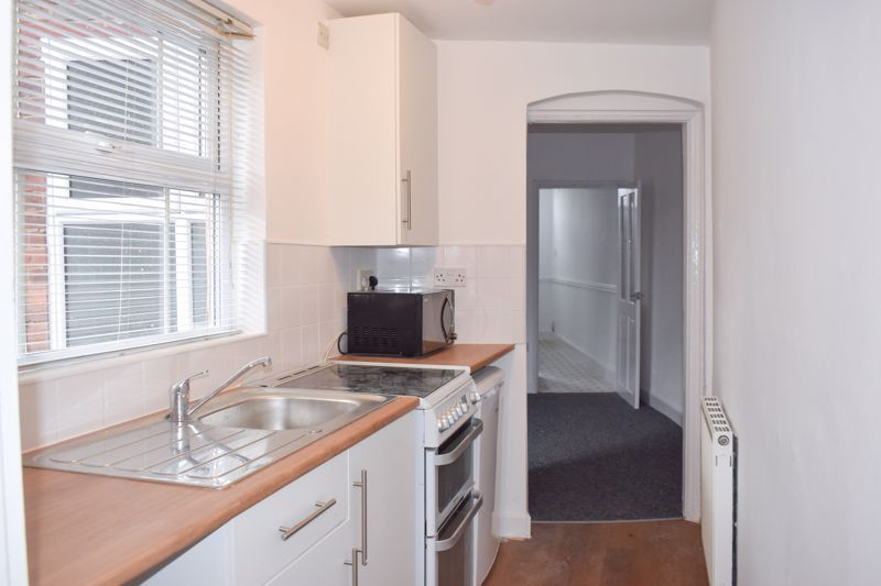 3 bed house to rent in Buffery Road 3