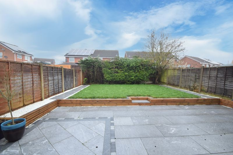 3 bed house to rent in Maisemore Close  - Property Image 12