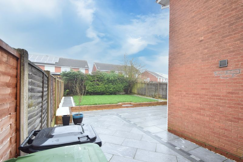 3 bed house to rent in Maisemore Close  - Property Image 13