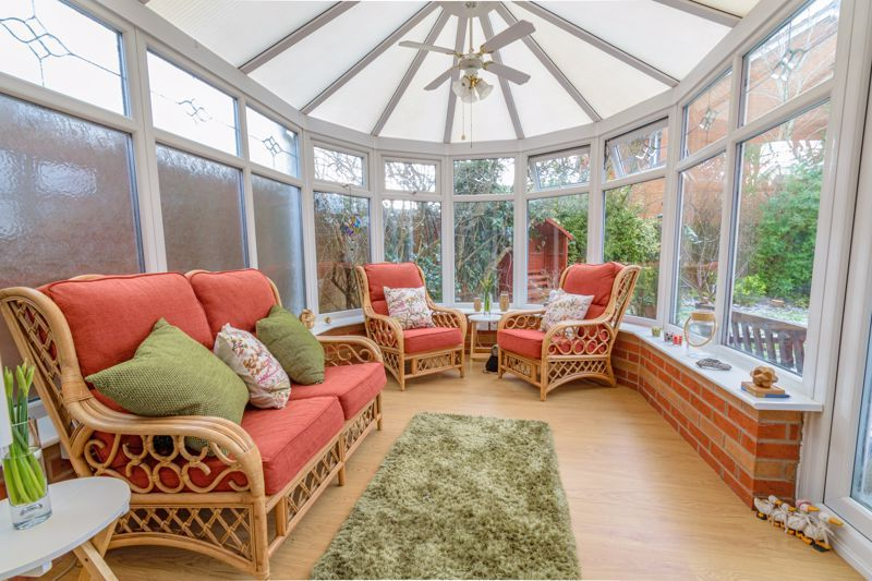 4 bed house for sale in Chepstow Drive 5