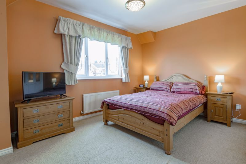 4 bed house for sale in Chepstow Drive  - Property Image 6
