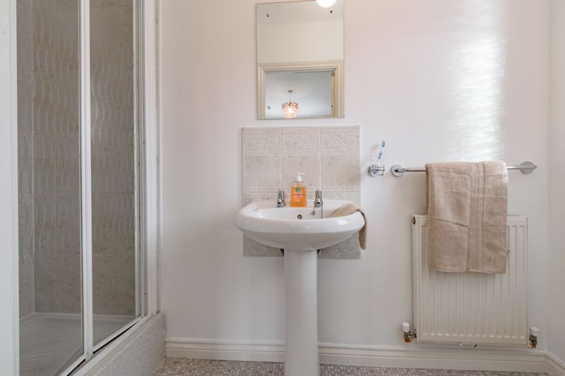 4 bed house for sale in Chepstow Drive  - Property Image 9