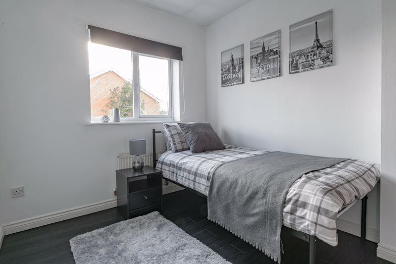 4 bed house for sale in Chepstow Drive 10