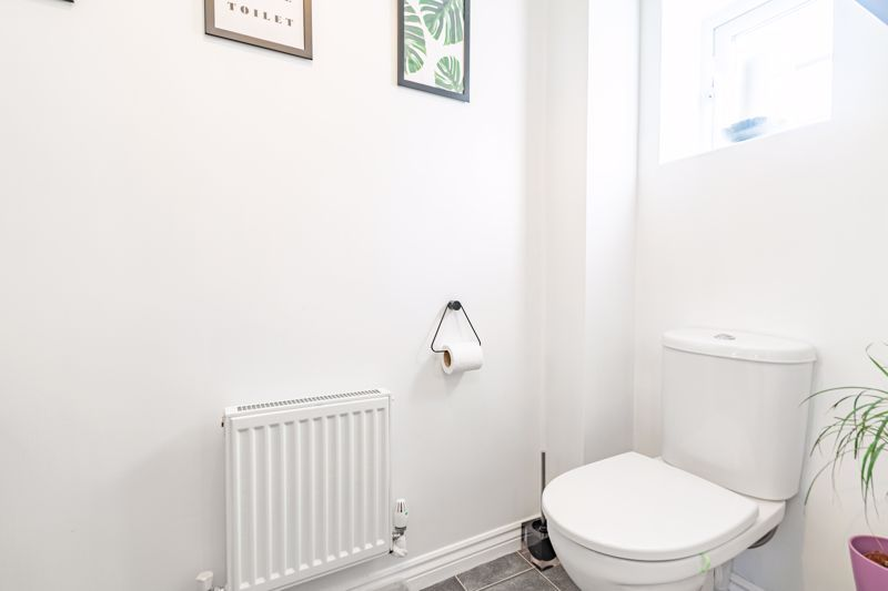 3 bed house for sale in George Wood Avenue 12