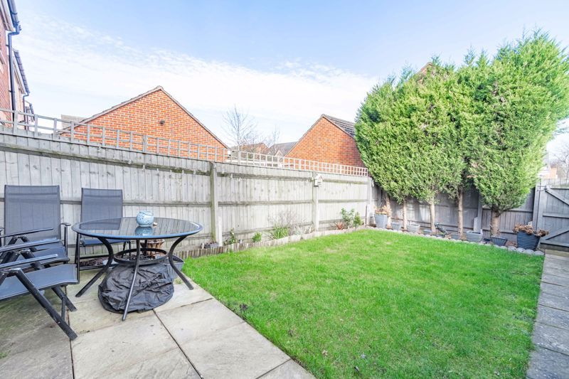 3 bed house for sale in George Wood Avenue 15