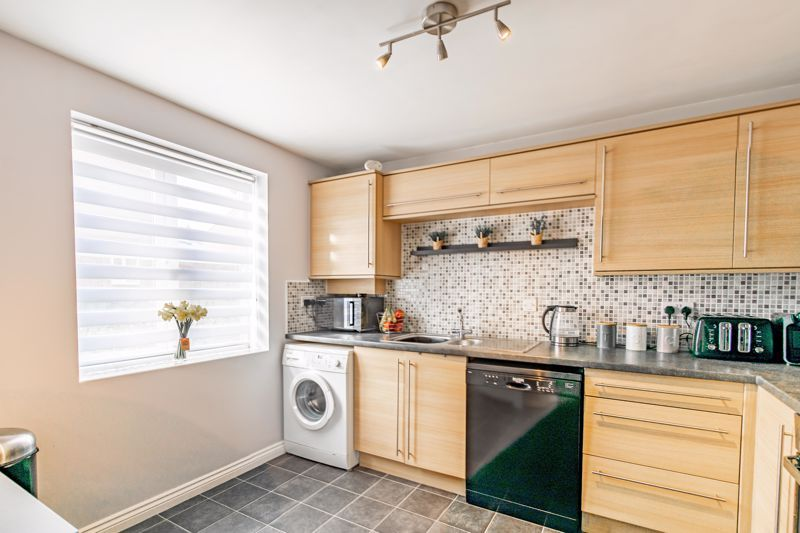 3 bed house for sale in George Wood Avenue 3
