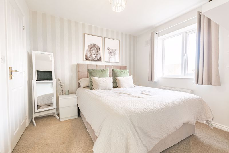 3 bed house for sale in George Wood Avenue 7