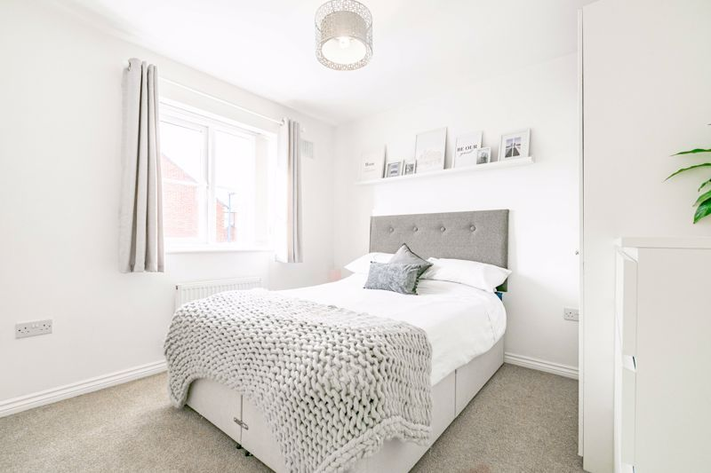 3 bed house for sale in George Wood Avenue 9