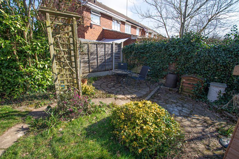 3 bed house for sale in Maisemore Close 14