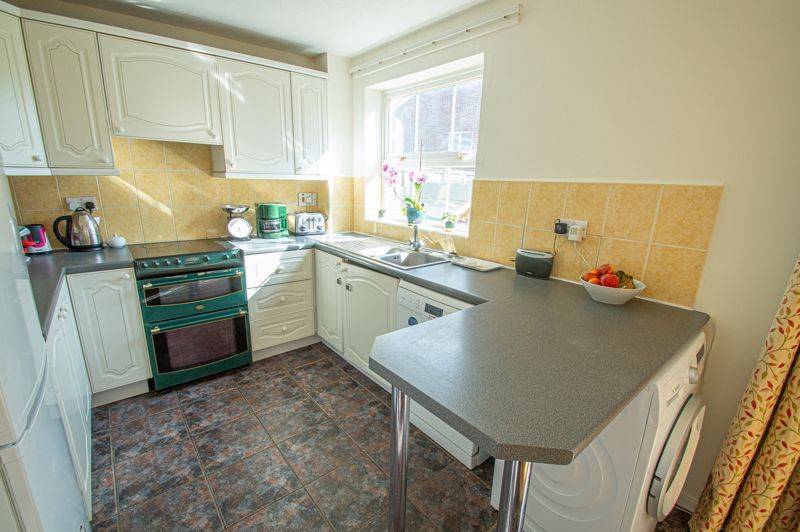 3 bed house for sale in Maisemore Close  - Property Image 4