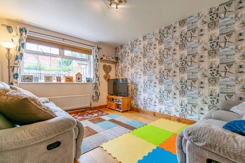 2 bed house to rent in Mickleton Close 3