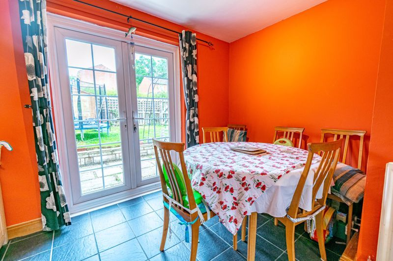 2 bed house to rent in Mickleton Close 6
