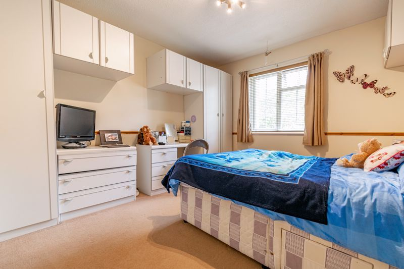 2 bed house to rent in Mickleton Close 7
