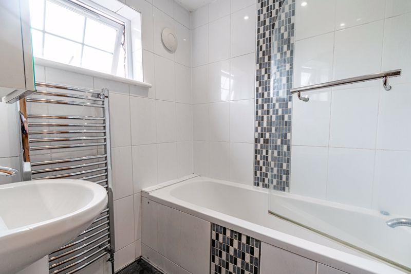 2 bed house to rent in Mickleton Close 10