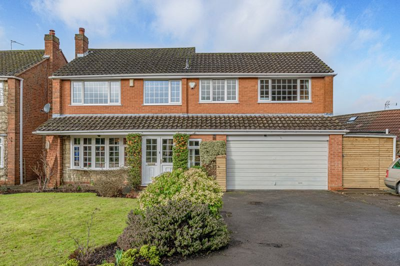 4 bed house for sale in Holbeache Road  - Property Image 1