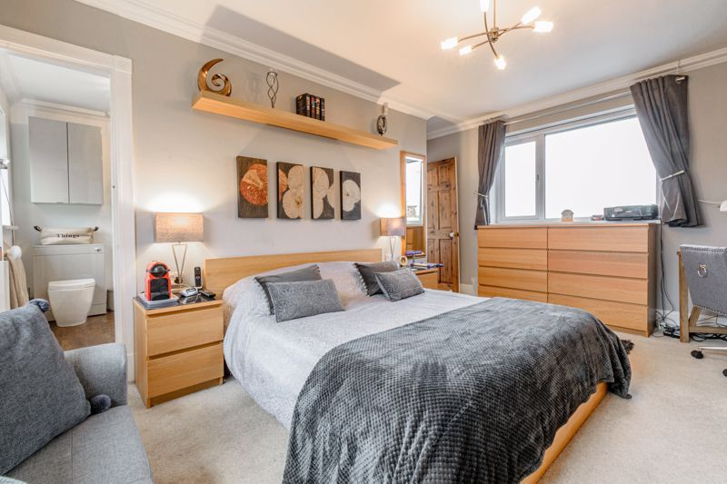 4 bed house for sale in Holbeache Road  - Property Image 19