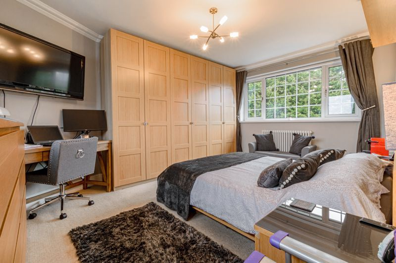 4 bed house for sale in Holbeache Road  - Property Image 7