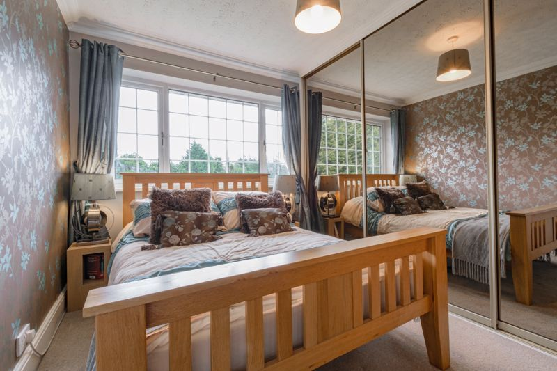 4 bed house for sale in Holbeache Road  - Property Image 9