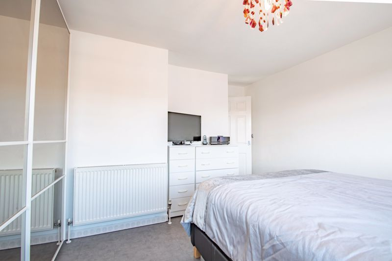 2 bed house for sale in The Dell 14