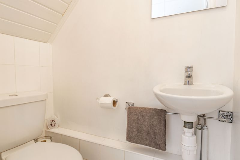2 bed house for sale in The Dell  - Property Image 17
