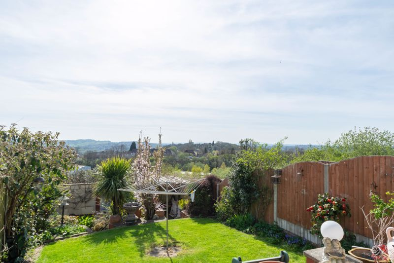 3 bed house for sale in Acorn Road  - Property Image 2