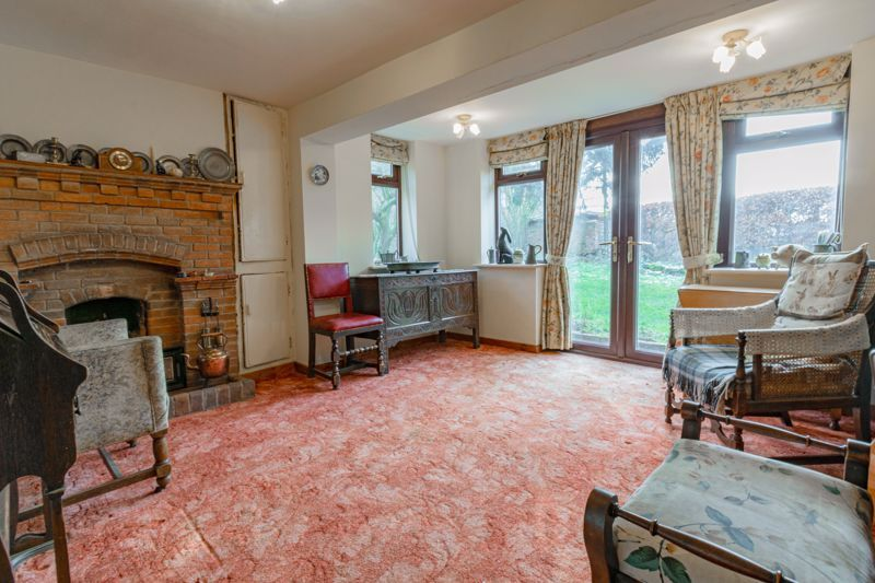 4 bed house for sale in Sharpway Gate 3