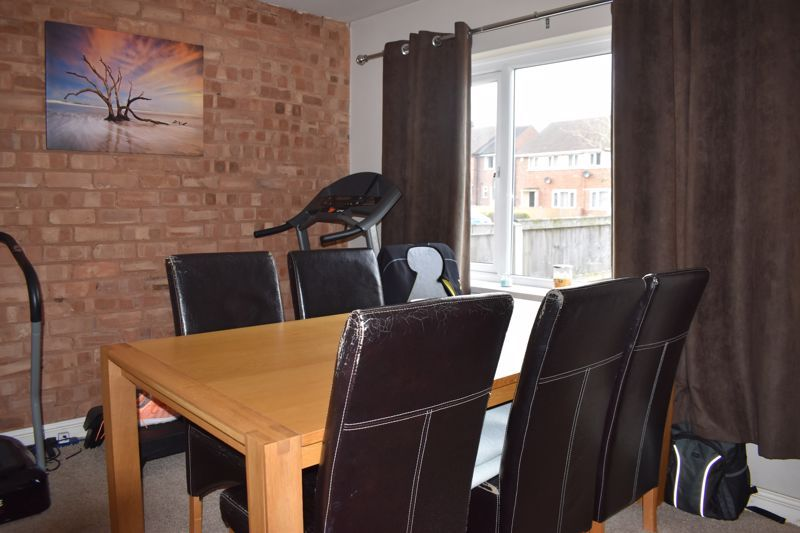 3 bed house to rent in Howley Grange Road 2