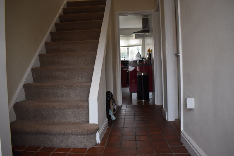 3 bed house to rent in Howley Grange Road 3