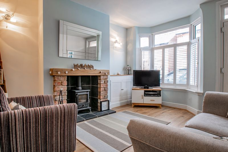 2 bed house for sale in Carlyle Road 2