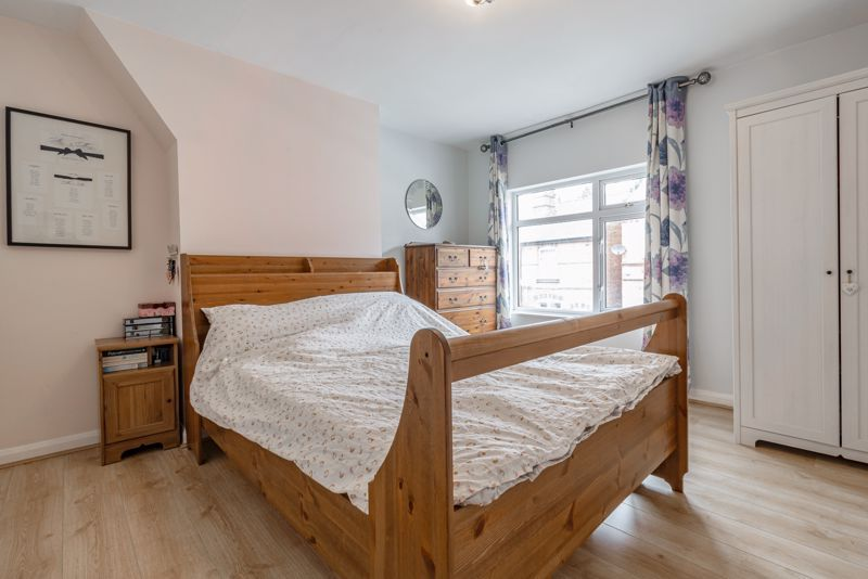 2 bed house for sale in Carlyle Road 7