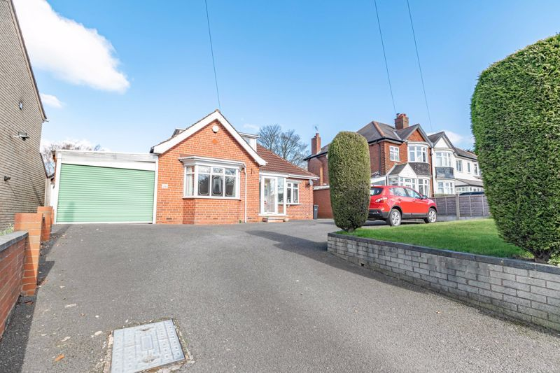 2 bed house for sale in Mucklow Hill  - Property Image 1