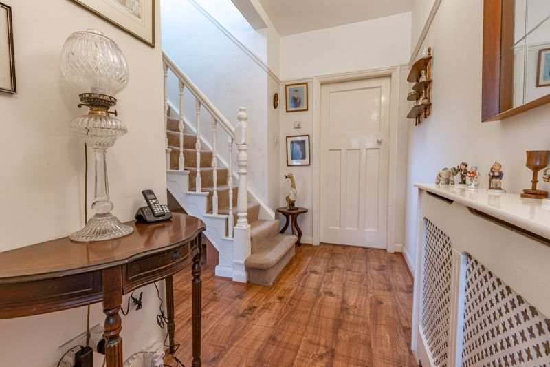 2 bed house for sale in Mucklow Hill 3