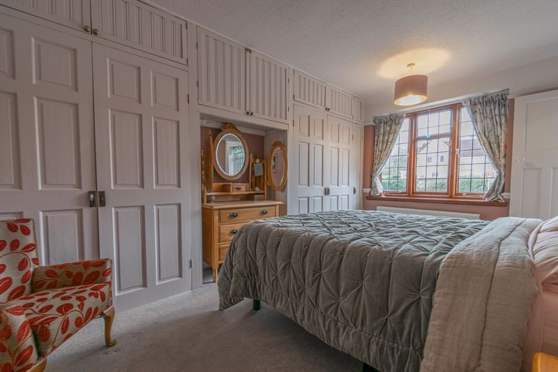 4 bed house for sale in Redditch Road 12