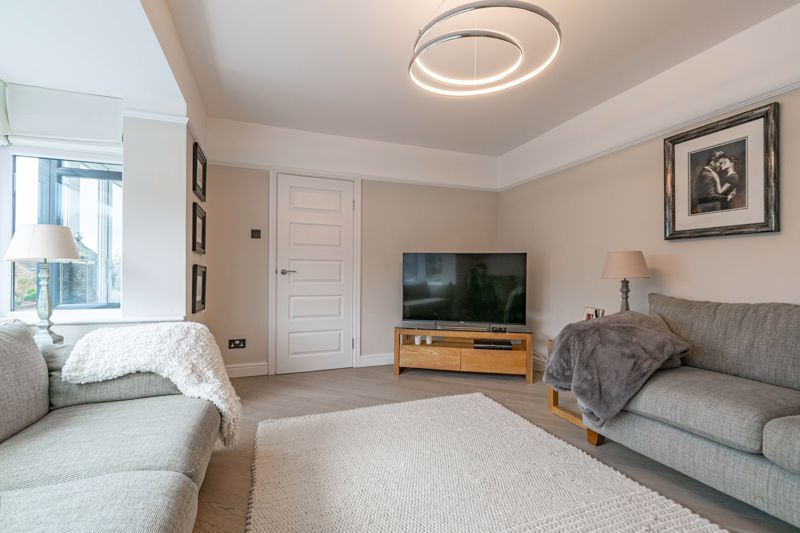 5 bed house for sale in Manor Abbey Road  - Property Image 2