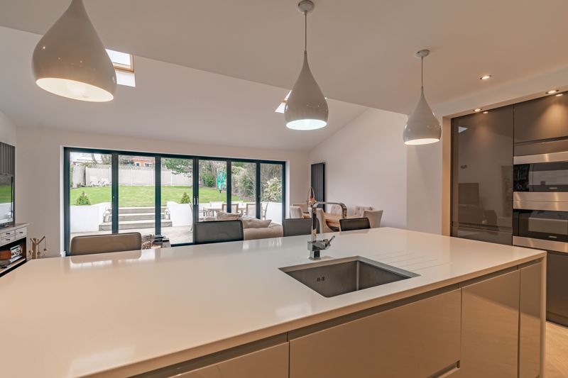 5 bed house for sale in Manor Abbey Road 14