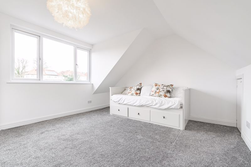 5 bed house for sale in Manor Abbey Road 20
