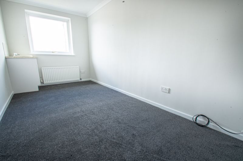 4 bed house for sale in Deansway  - Property Image 12