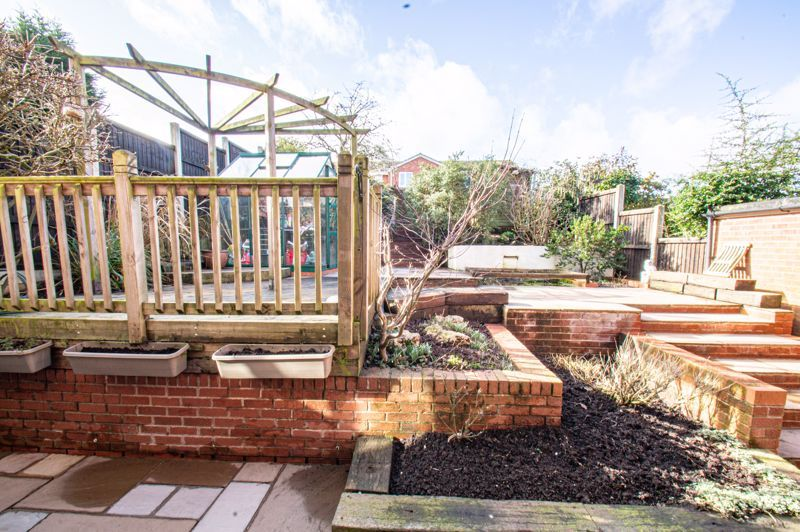 4 bed house for sale in Deansway 14