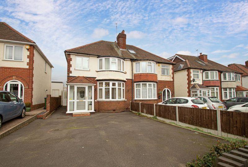3 bed house for sale in Throne Road 1