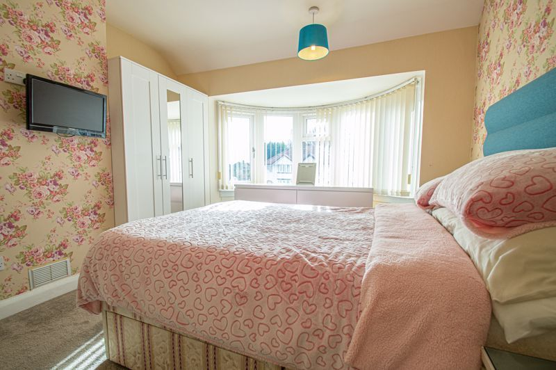 3 bed house for sale in Throne Road 8