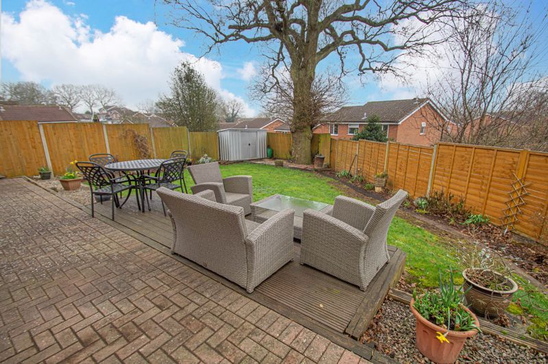 4 bed house for sale in Church Down Close  - Property Image 13