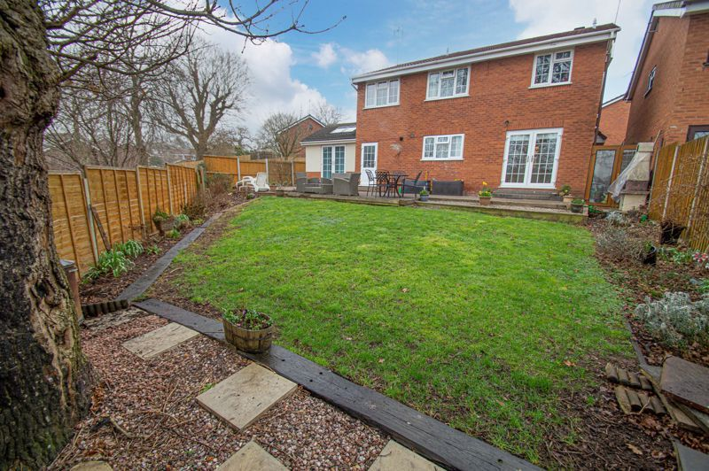4 bed house for sale in Church Down Close  - Property Image 15