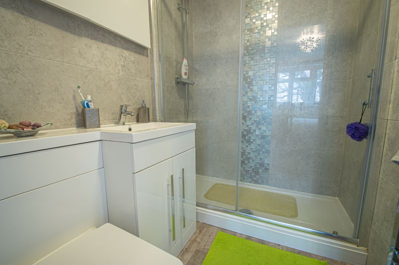 4 bed house for sale in Church Down Close  - Property Image 10