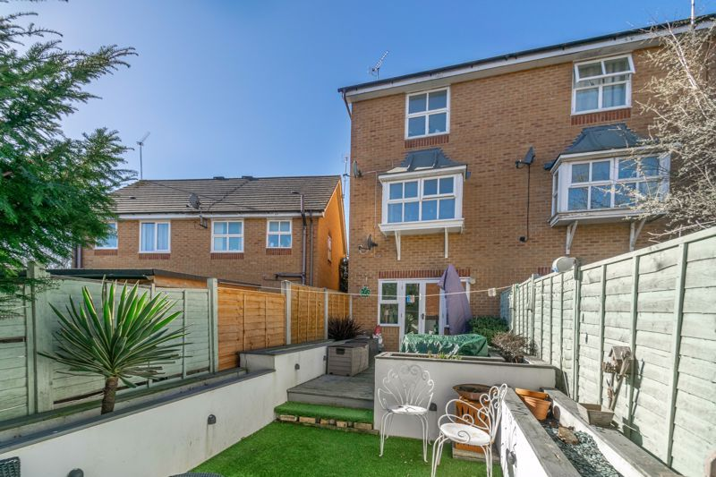 3 bed house for sale in Honeychurch Close 13