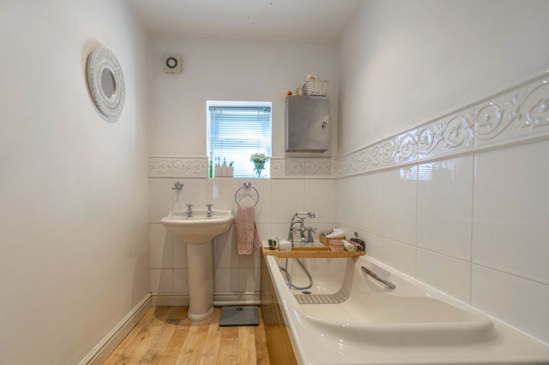 3 bed house for sale in Honeychurch Close  - Property Image 16
