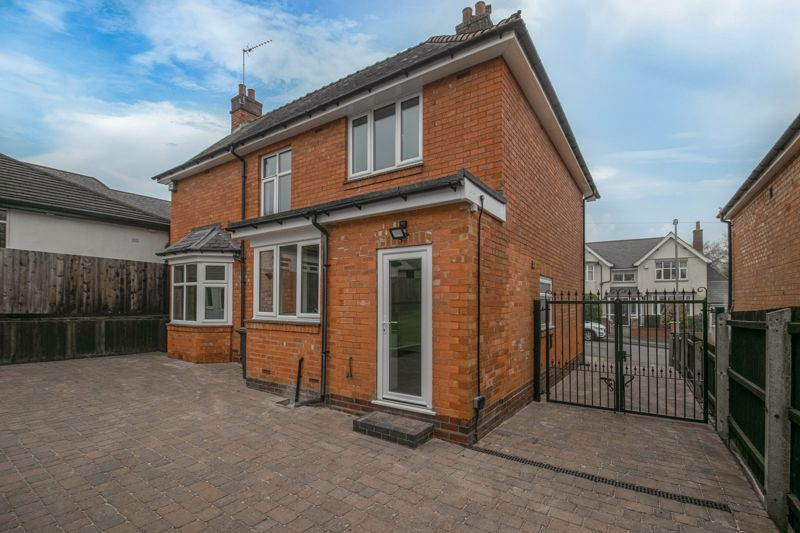 3 bed house for sale in Plymouth Close  - Property Image 13