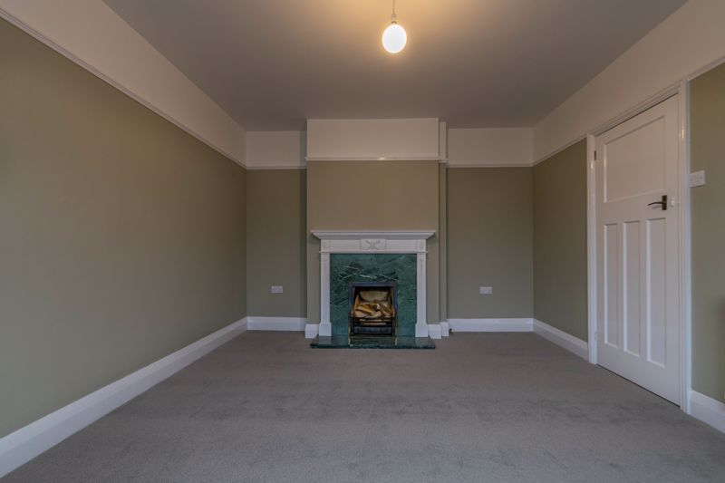 3 bed house for sale in Plymouth Close 14