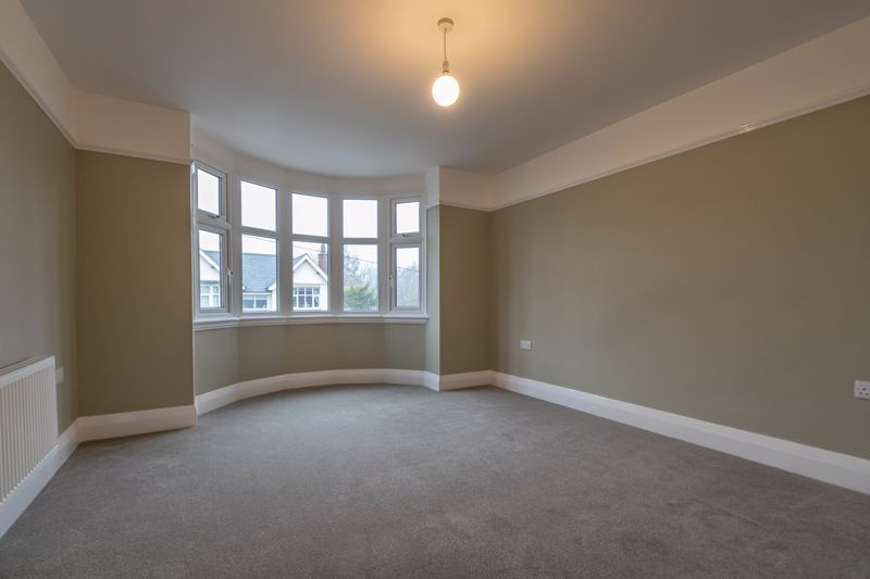 3 bed house for sale in Plymouth Close 6