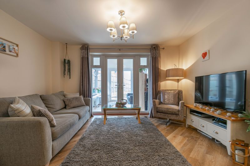 2 bed house for sale in Kemble Street 2