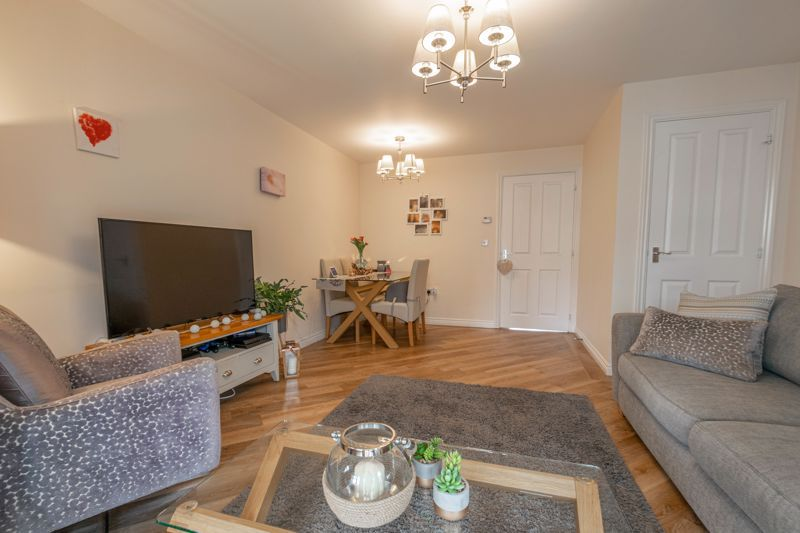 2 bed house for sale in Kemble Street 3